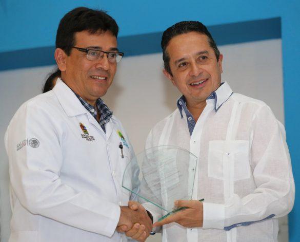 CJ-Día-del-medico-chetumal-04-585x471.jpg